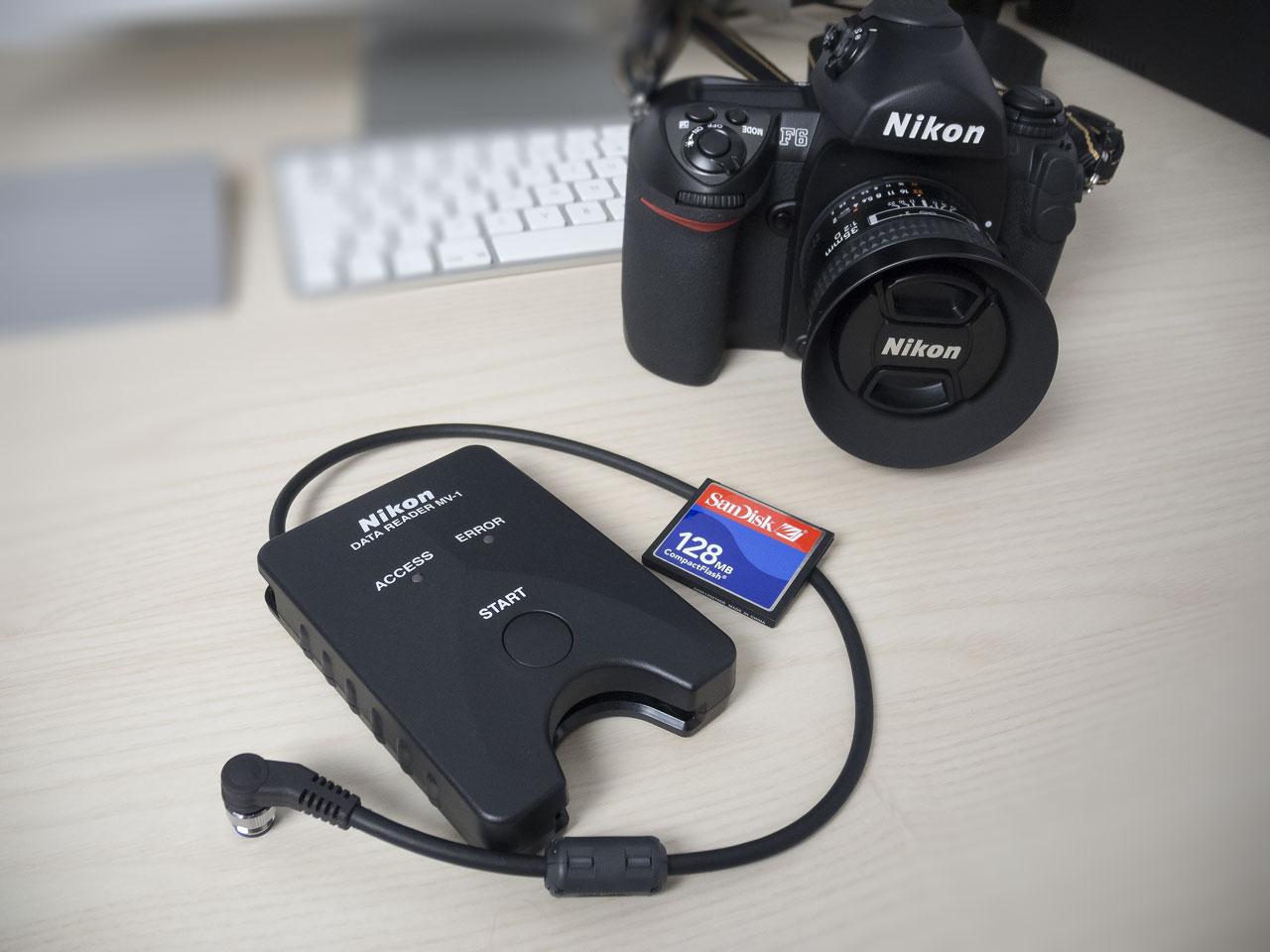 Lettore dati Nikon MV-1